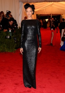 rihanna-red-carpet7_164741555414.jpg_article_gallery_slideshow_v2