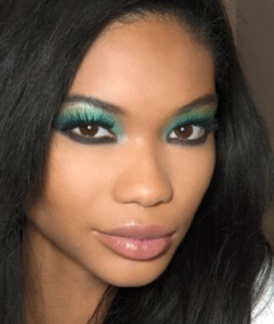 exotic-green-eyeshadow-makeup