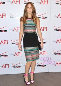 jennifer-lawrence-afi-awards-2013-red-carpet-prabal-gurung__oPt