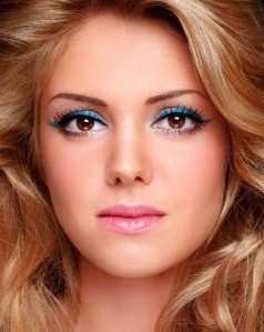 new-years-party-makeup-colored-liner-becomegorgeous