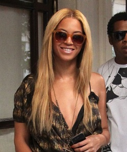 Beyonce And Jay-Z Sighting In Paris - April 20, 2011