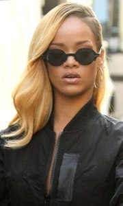 rihanna-blonde-hair-budweiser-1