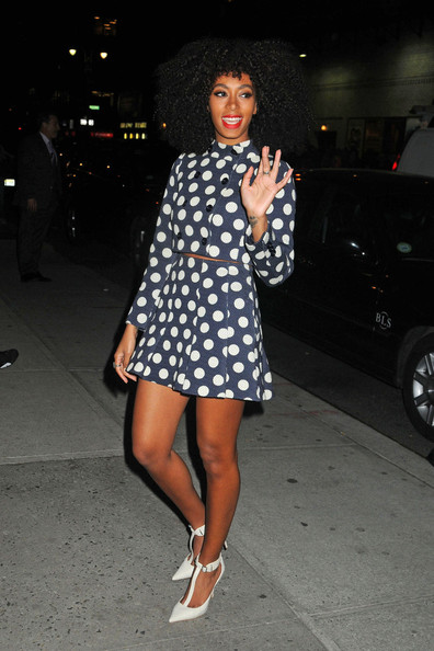 solange-knowles-the-late-show-with-david-letterman-moschino-pre-fall-2013-polka-dot-skirt-suit-elizabeth-and-james-saucy-t-strap-leather-pumps-2