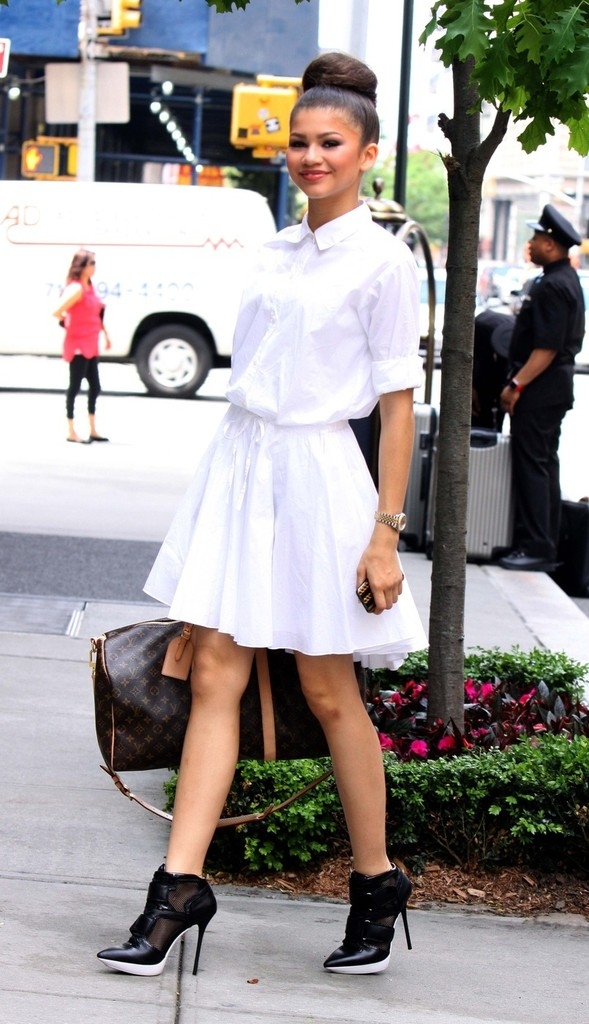 Style Crush Saturdays Zendaya Coleman Femme By Yele